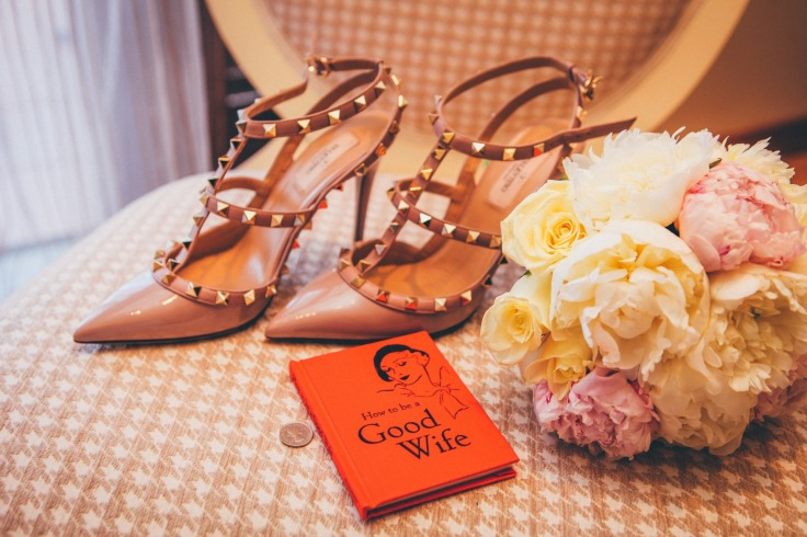 shoes-1030823_1920